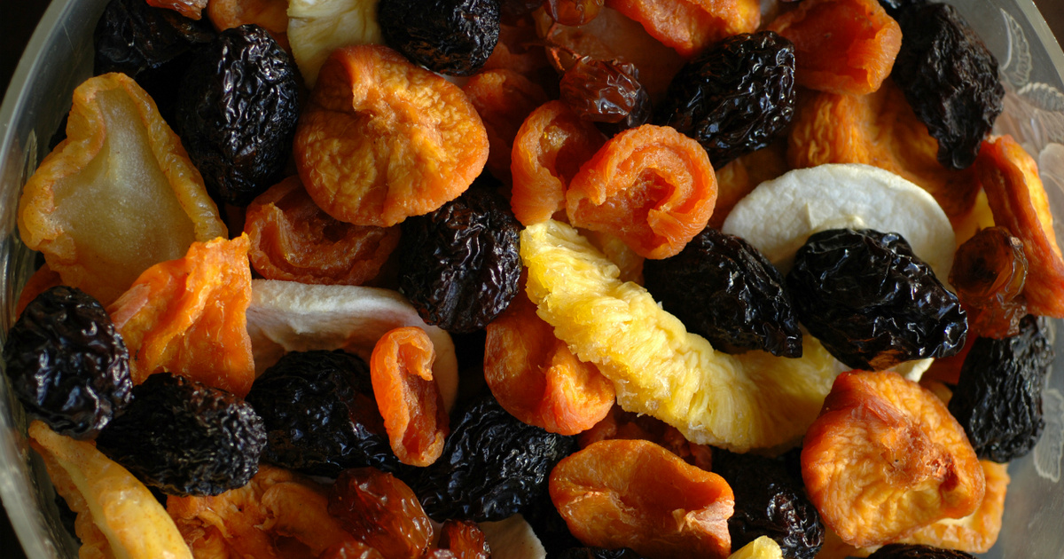 Rákmegelőző, szívvédő, emésztéssegítő hatásúak: mire figyelj az aszalt gyümölcsök fogyasztásánál?