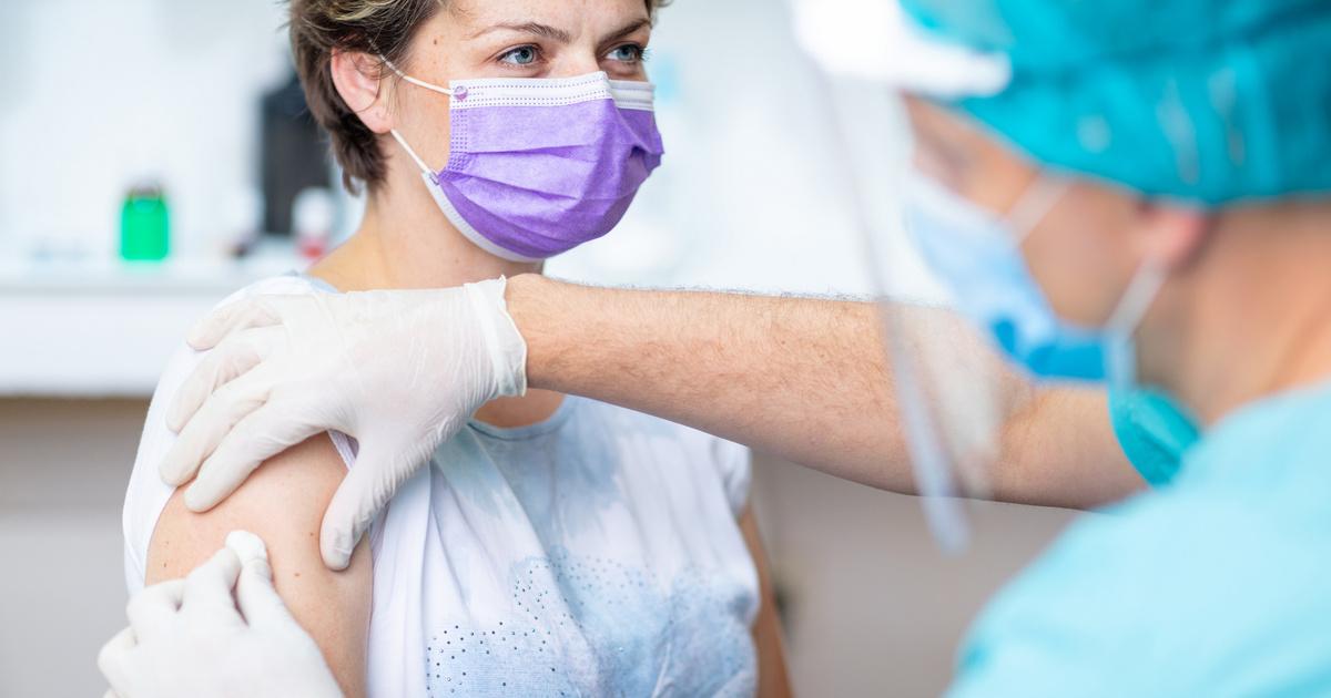 4 tévhit a koronavírus-vakcináról: nem tesz meddővé, és nem helyettesíti a BCG-oltás a kutatók szerint