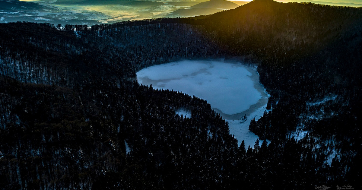 Élet a vulkánon: a Szent Anna-tó regéje