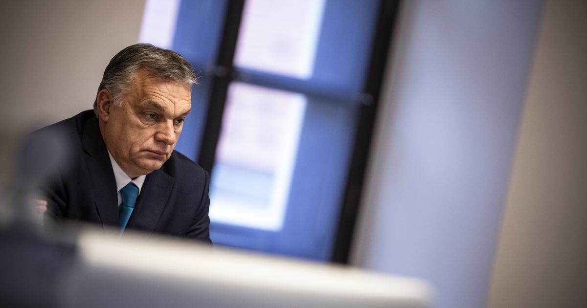 Orbán Viktor: Holnaptól nyitnak az üzletek