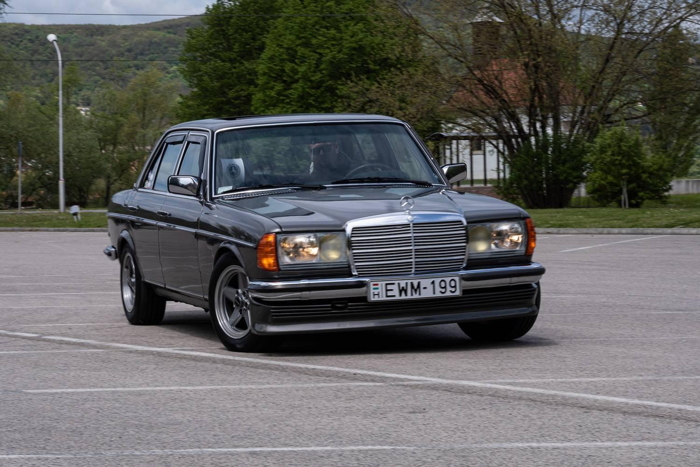 A svájci panziós Mercije - Joy of Driving: Mercedes-Benz 280 E – 1982.