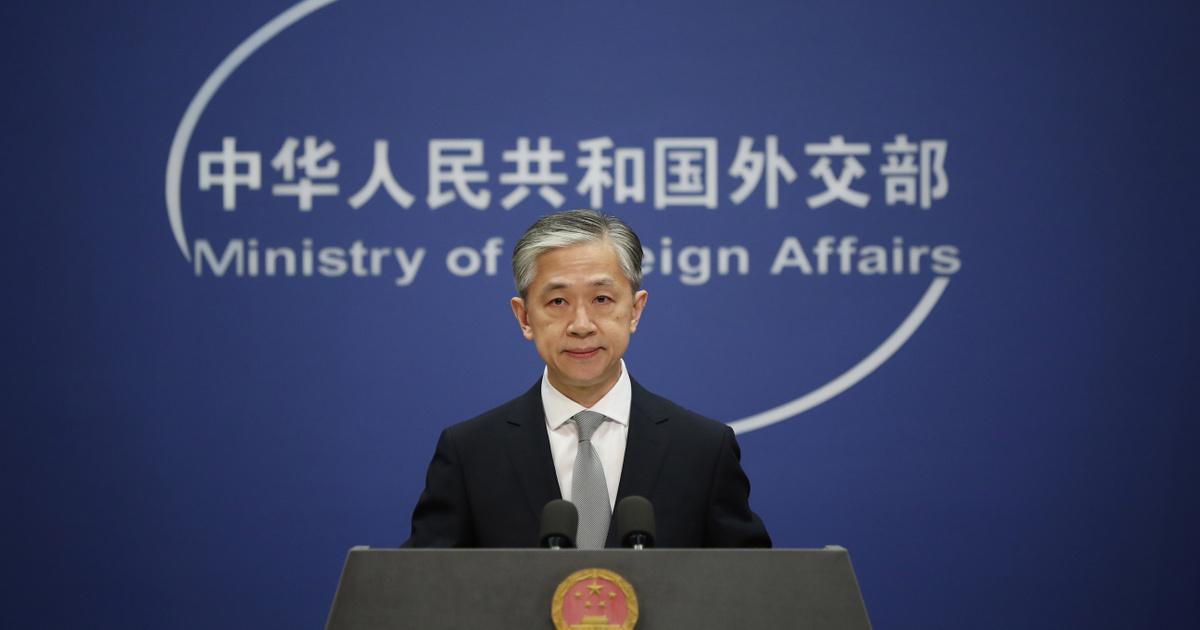Megszólalt a kínai külügy a Fudan-ellenes Kossuth téri tüntetés után