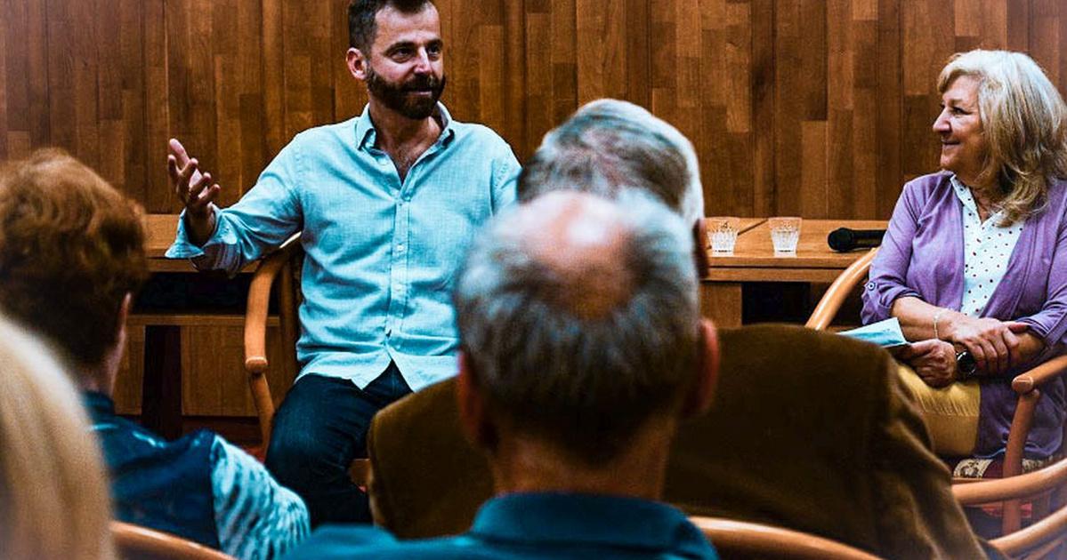 Ezreket vonz a különleges magyar könyvtár: apró helyiségei most csak egyetlen olvasót fogadhatnak