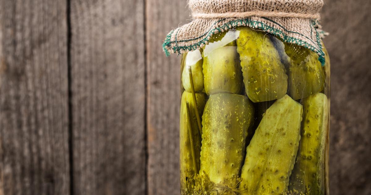 A roppanós kovászos uborka receptje: krumplival érlelve is isteni