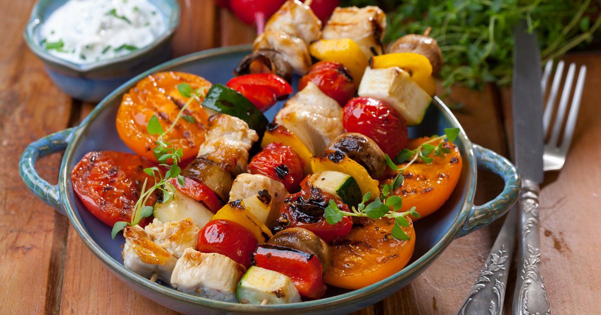 A 8 legfinomabb, grillen sült étel: a csevaptól a nyári nyársakig