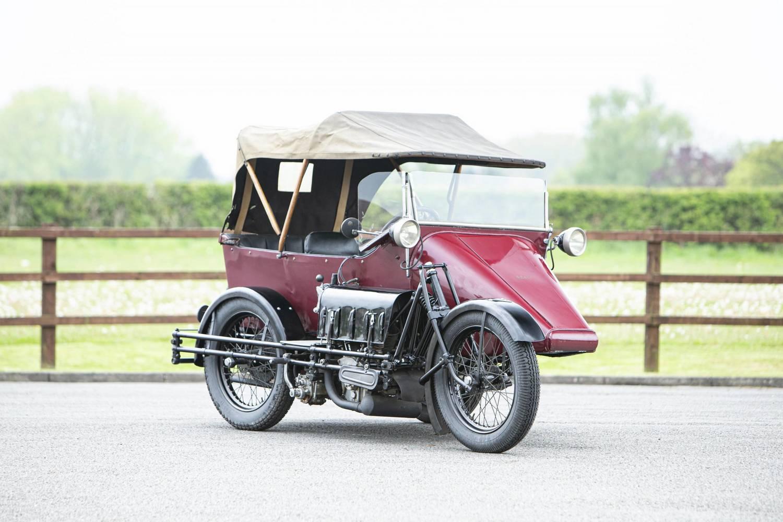 1925 SEAL: oldalkocsis motor pepitában