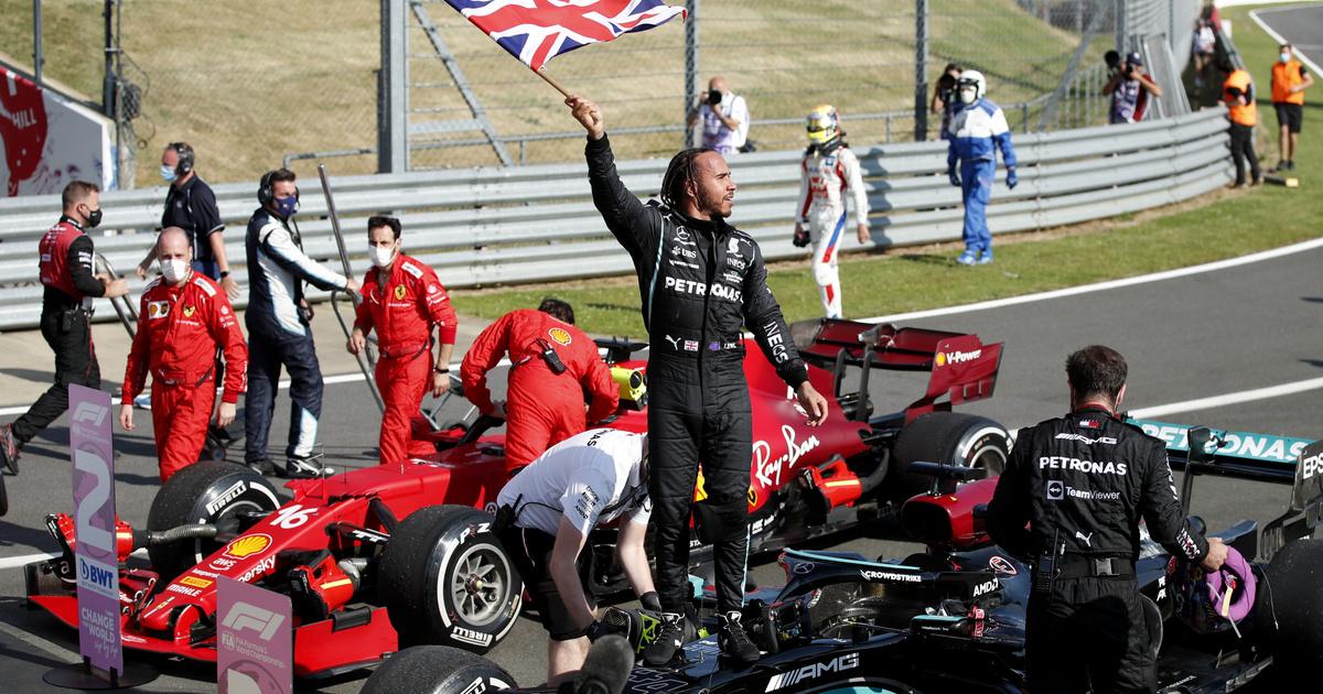 Dráma Silverstone-ban: Hamilton ütközött Verstapennel, de megnyerte a versenyt
