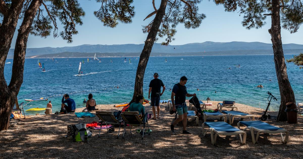 Ez vár a turistákra két hullám között a horvát Adrián