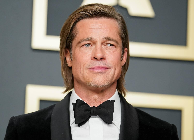 Miért hasonlít Brad Pitt kisértetiesen az aktuális szerelméhez?