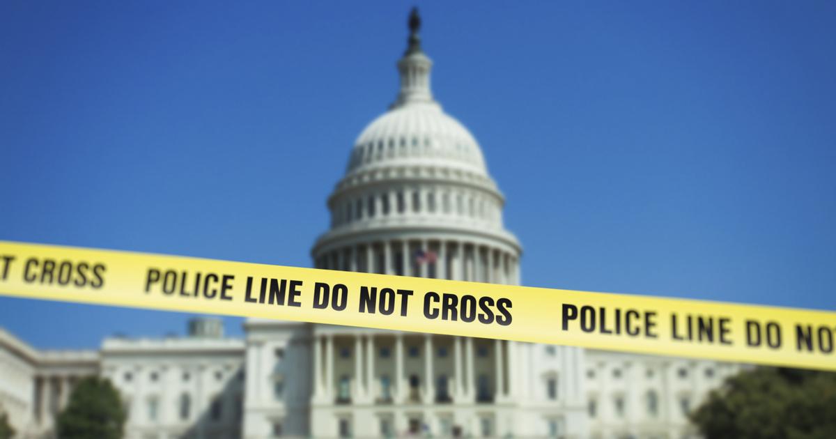 Egymás után követnek el öngyilkosságot a Capitoliumot védő rendőrök