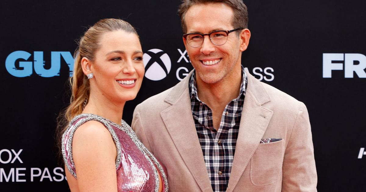 Ryan Reynolds felesége pink, kivágott estélyiben premierezett: a 3 gyerekes Blake Lively mindenkit elvarázsolt