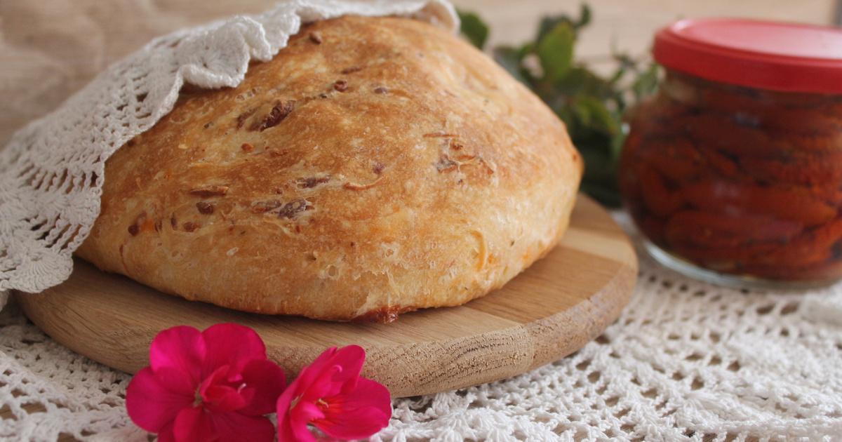 Aszalt paradicsomos házi kenyér: otthon is tökéletes lesz