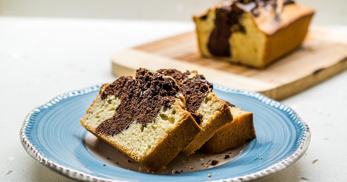 Ellenállhatatlan márványos süti kevert tésztából: a joghurttól lesz olyan puha