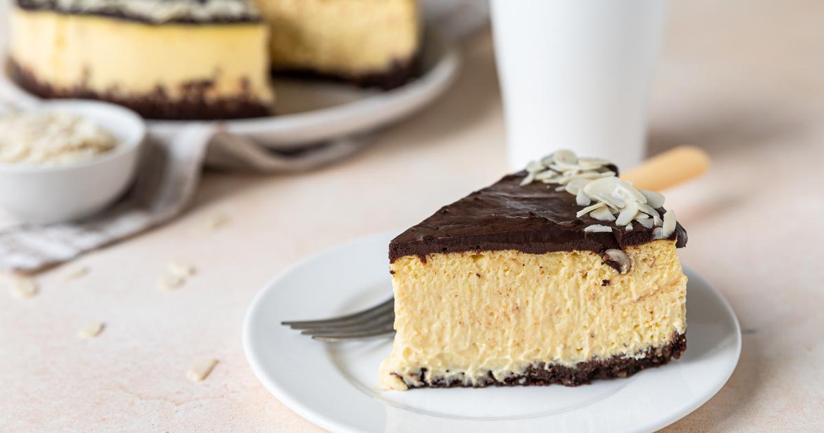 A legfinomabb házi Túró Rudi-torta: egyszerű kakaós piskóta az alapja