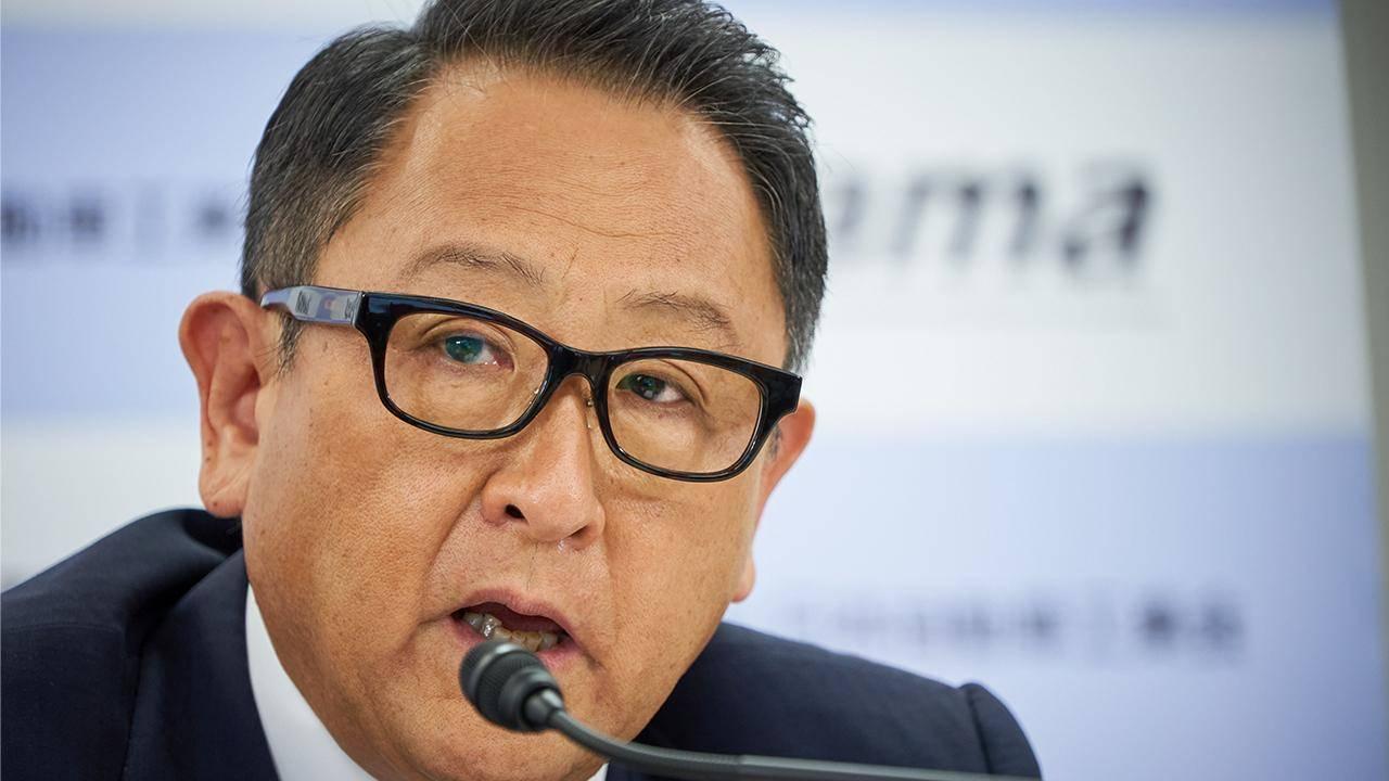 A villanyautóktól félti a japán munkahelyeket a Toyota elnöke