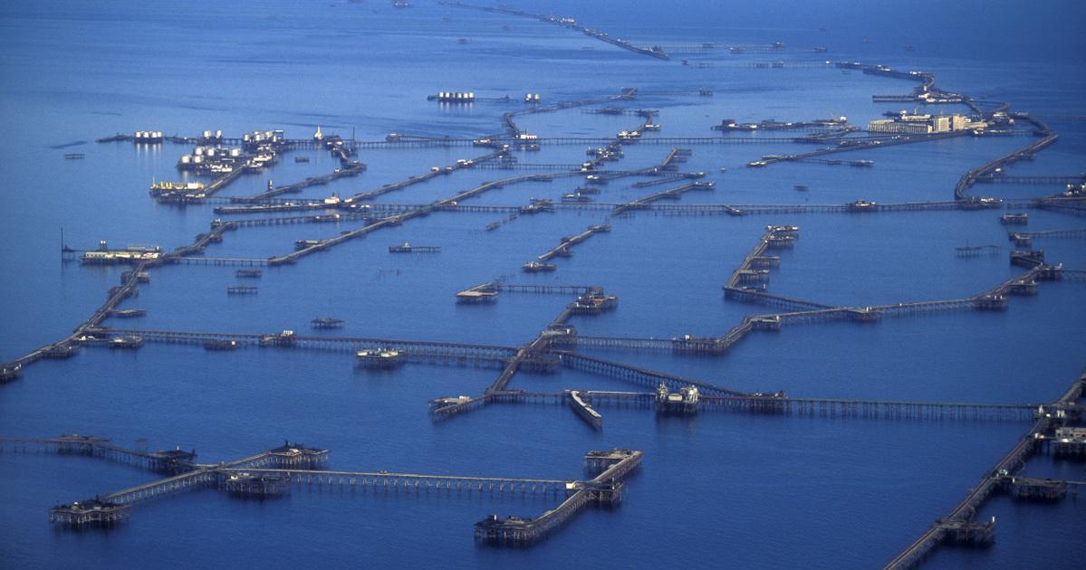 Még mindig dől az olaj az elsüllyedt szovjet Atlantisz tornyaiból