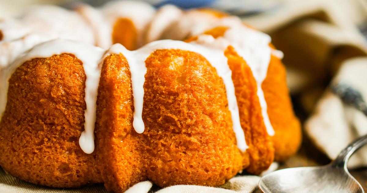 Pillekönnyű sütőtökös kuglóf citromos cukormázzal: napokig friss marad