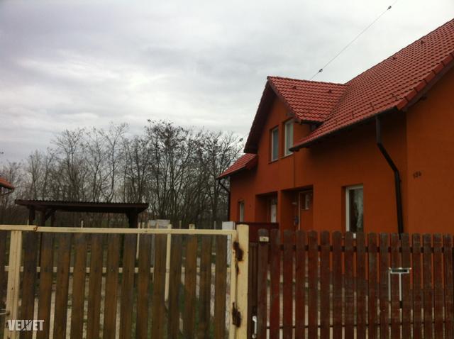 Az áldozat családjának háza.