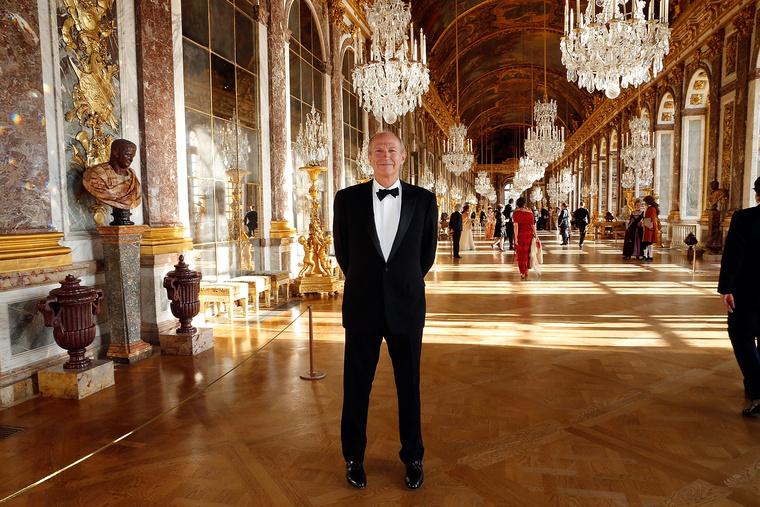 Jean Paul Agon a L'Oreal vezetője egy versailles-i gálán