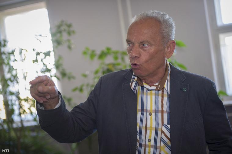 Karsai József Battonya polgármestere