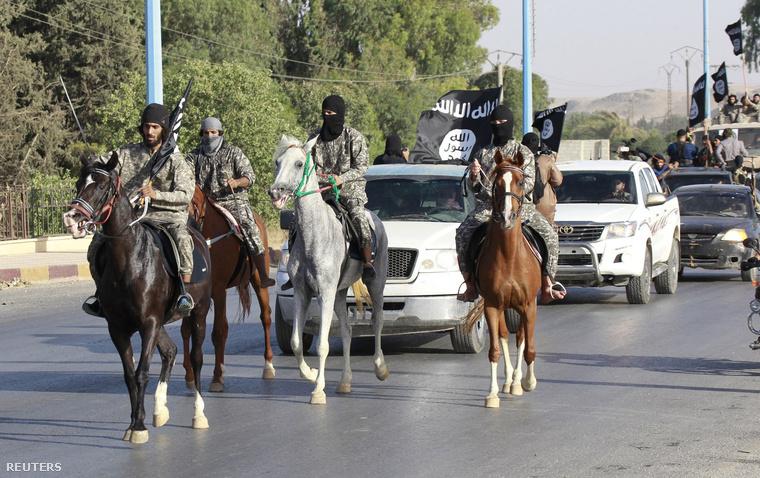 Iszlamista fegyveresek Szíria északi részén