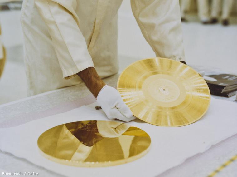 A Voyager–1 arany hanglemeze