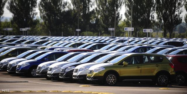 Suzuki-Esztergom-2013-09-m%C3%A9retezett-1024x681