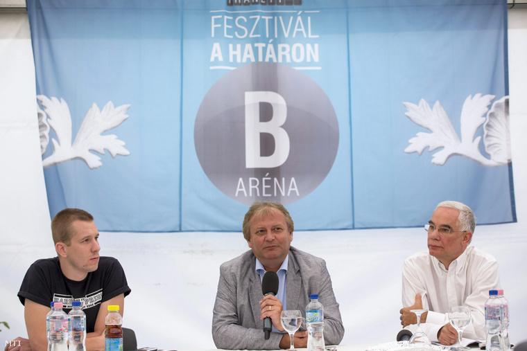 Békés Márton, Hiller István és Balog Zoltán