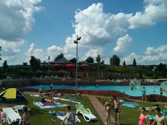 A balatonfüredi Aquapark elég jól néz ki.