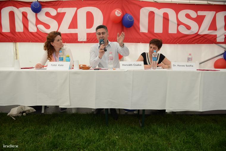 Horváth Csaba kampányol az MSZP majálisán (2014.)