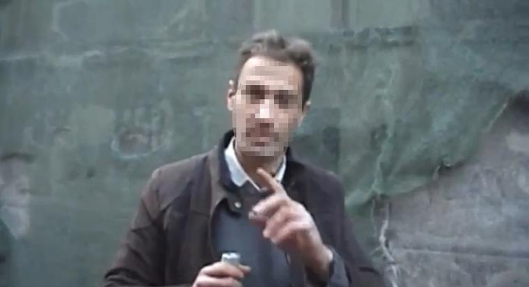 Egy részlet a férfiről korábban forgatott Mi a cél? című filmből