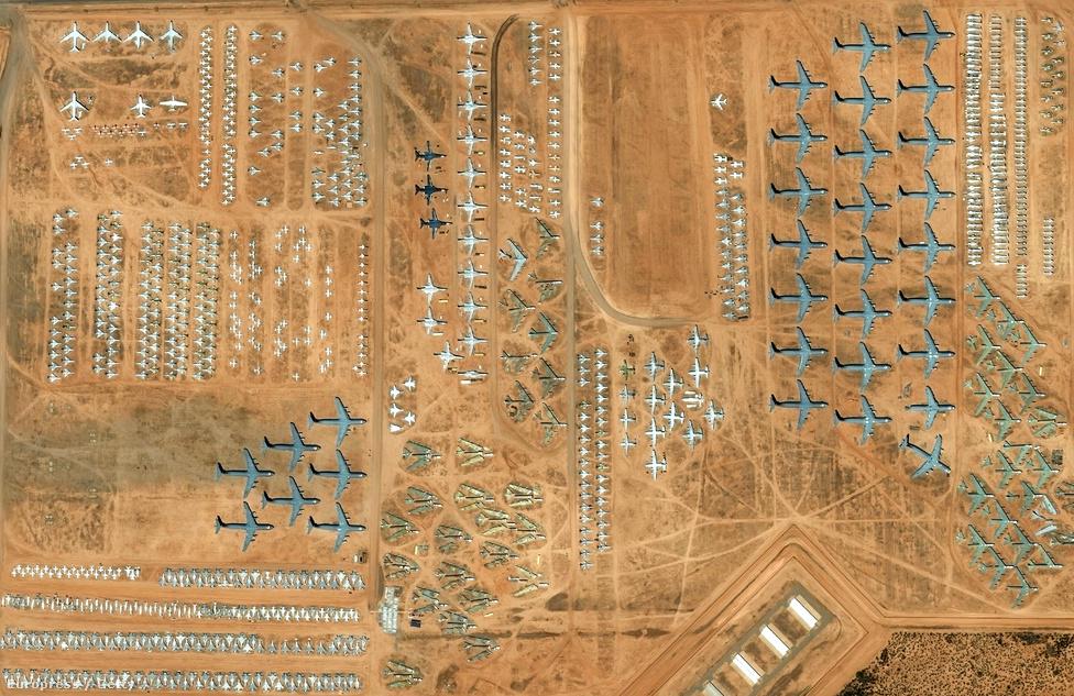 Az arizónai Tucsonban található a 309-es számú Repülőgép Karbantartó-és Javító Üzem, azaz a világ legnagyobb géptemetője. Több mint 4400 repülő parkol itt, mióta 1946-ban megnyitották a bázist.