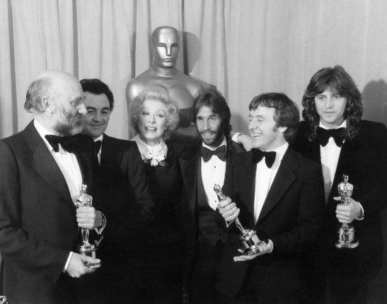 John Barry ,Norman Reynolds,Leslie Dilley és jobbszélen Roger Christian, az 1978-as Oscar-gálán