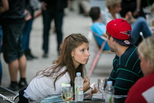 Stohl András lánya, Luca nagyon figyel.