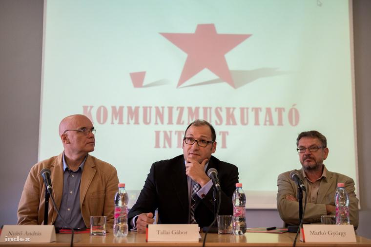 Nyirő András, Tállai Gábor és Markó György a Kommunismuskutató Intézet sajtótájékoztatóján