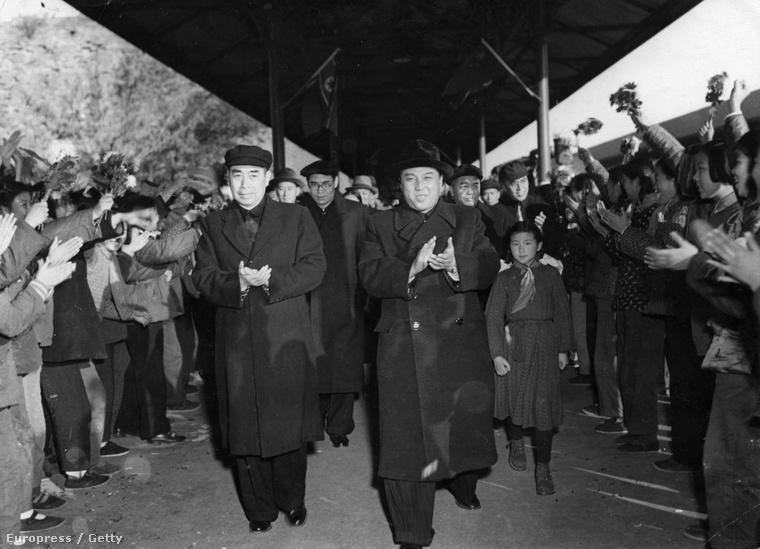 Kim Ir Szen és Csou En-laj Pekingben, 1953 novemberében
