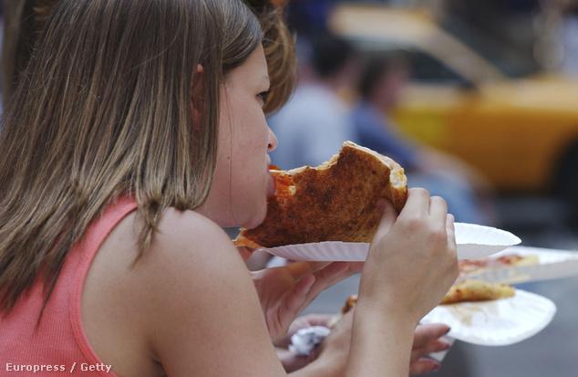 A gyerekek imádják a pizzát