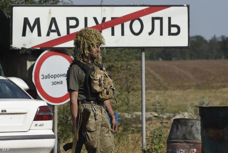 Ukrán katona Mariupolnál