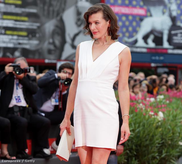 Milla Jovovich a Velencei Filmfesztiválon