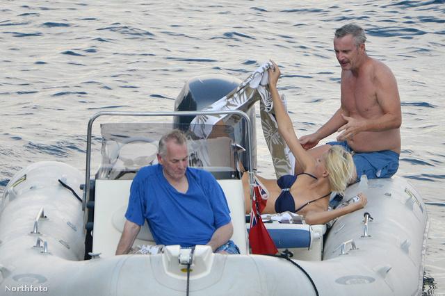 Eddie Irvine a barátnőjével van Portofinóban