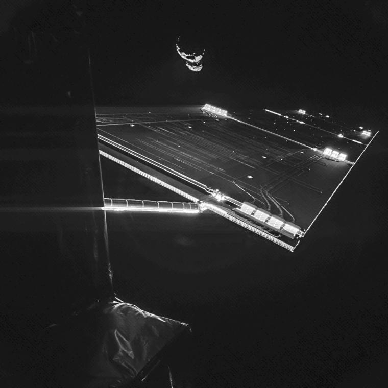 Rosetta mission selfie at comet.png