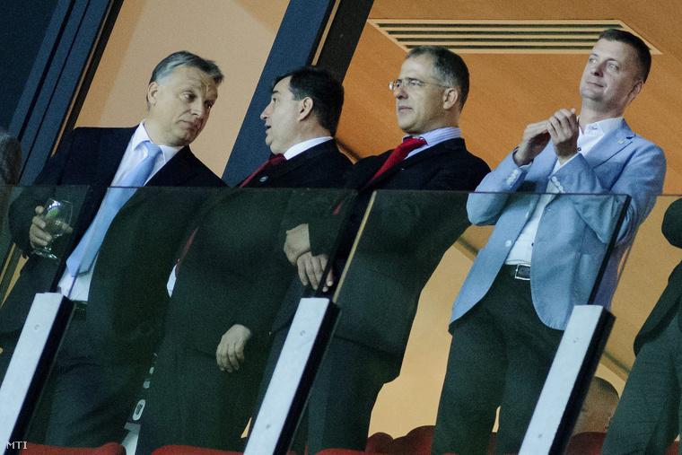 Orbán Viktor, Mészáros Lőrinc, Kósa Lajos és Kubatov Gábor a debreceni Nagyerdei Stadion avatóünnepségén 2014. május 1-jén.