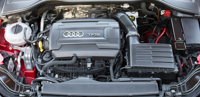 Mindhárom motor két liter és négy henger