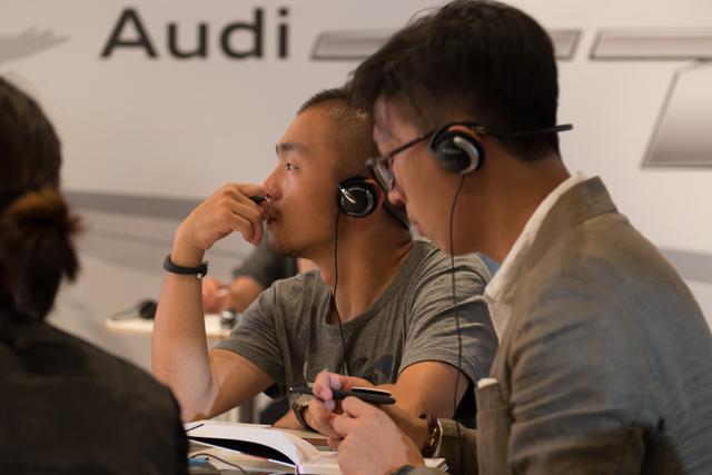 A kíni és holland újságírókkal voltunk egy csoportban