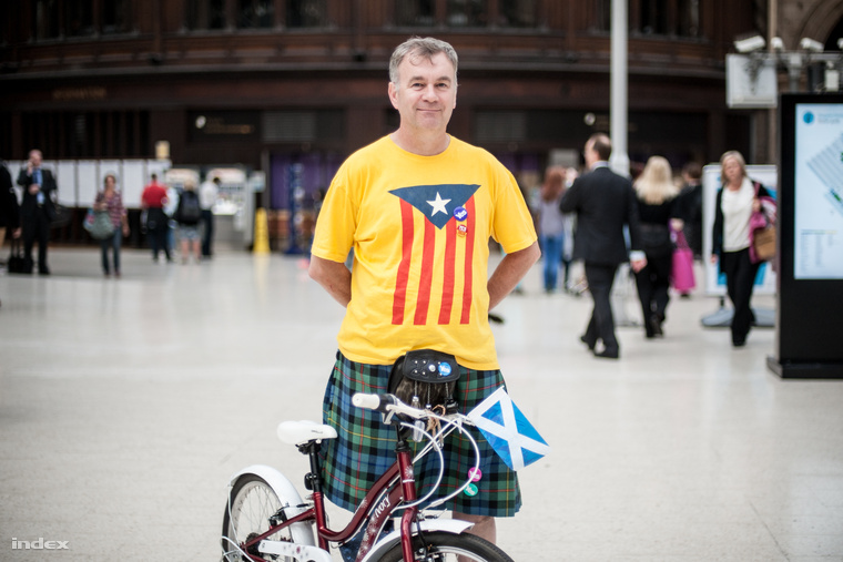 Szavazók és történelmi gondolataik Skócia legnagyobb városából. Kattintson az index helyszíni portréiért!
