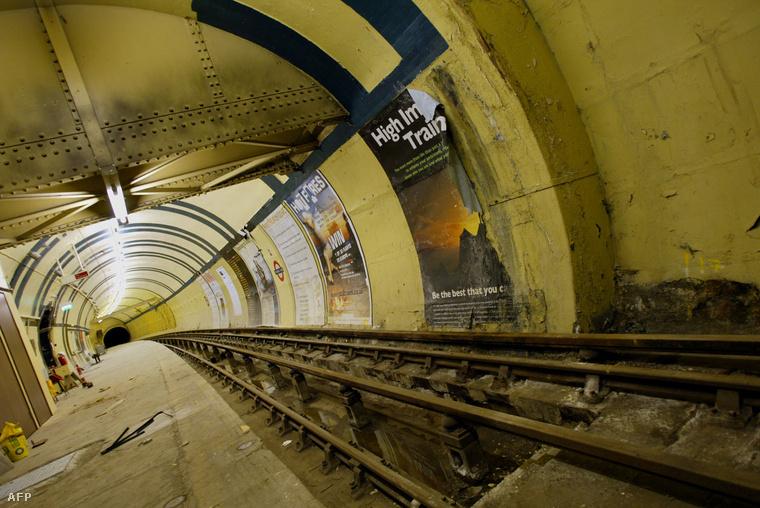 Az Aldwych állomás