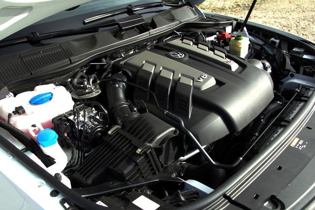 Örökzöld sláger a háromliteres, V6-os TDI. Ez most mér 262 lóerős és nagyon bivaly.