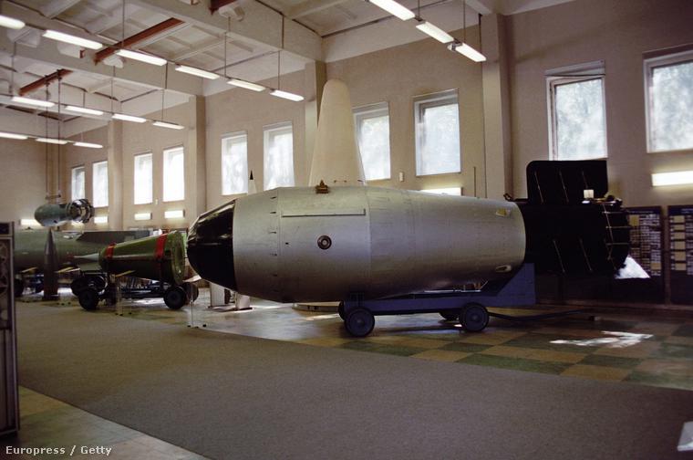 A szovjet hidrogénbomba mása a szarovi hadtörténeti múzeumban