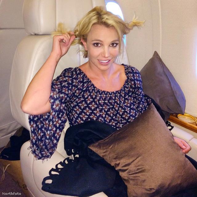 Britney Spears és az ő frizurája