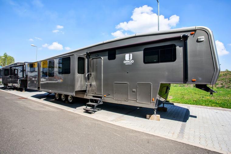 Luxury star trailers03